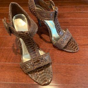 Ann Marino Heel